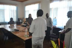 サウリ村プロジェクトチームとのブレーンストーミング