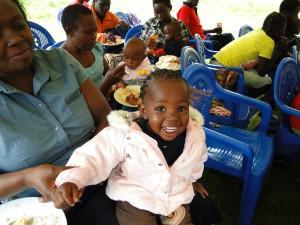 サウリ村で支援を受けた女の子