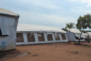 仮設テントのヘルスセンター