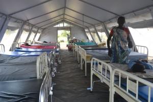入院患者がいるテント