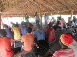 難民居住区の教会で実施された コミュニティ向けセミナー